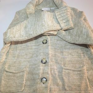 Liz Claiborne Long sleeve sweater